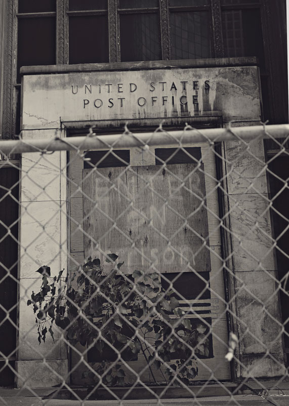 Closed-Down-US-Post-Office